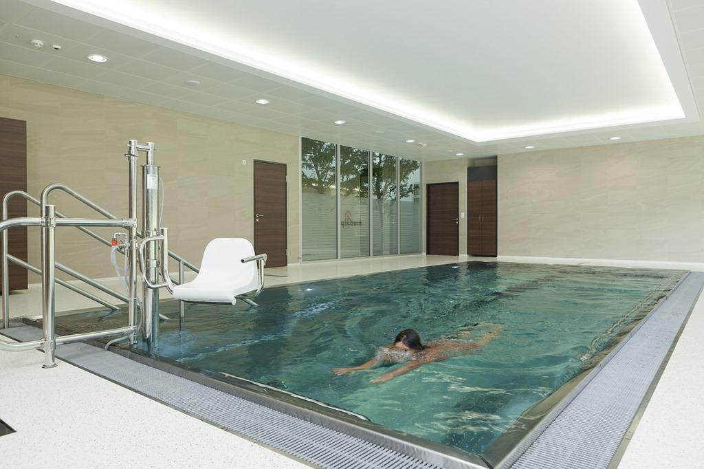 swim-540595_1280.jpg