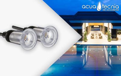 ¡Construye tu piscina con la mejor iluminación!